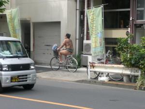 ryogoku sumo stables tokyo bicycle @ journeylism.nl
