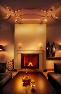 tulip house hotel bratislava cafe fireplace @ journeylism.nl